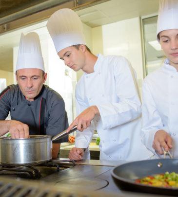 Operatore della Ristorazione/Preparazione degli alimenti e allestimento piatti – CAGLIARI – IeFP – 2020-2023